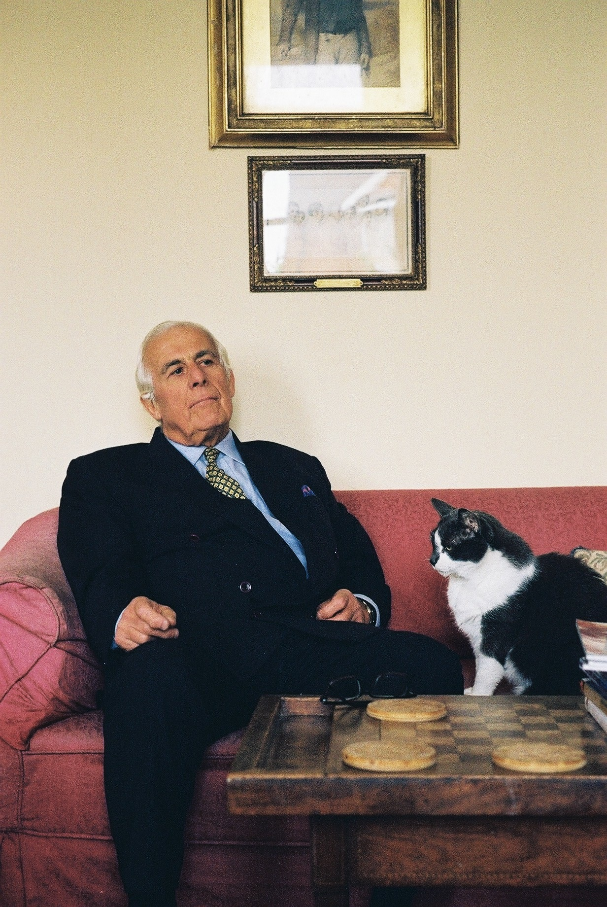 90_Conway Seymour and Ivor at home
