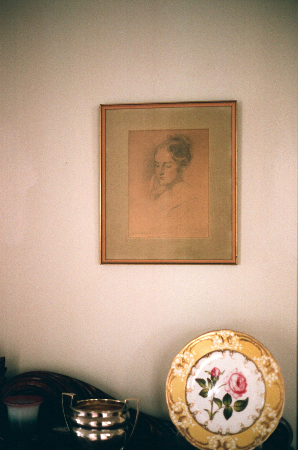 I2_Julia Tatham in the Hall at Wanda Nelson's house in Malvern, Melbourne, May 2012 1